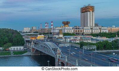 pont, soir, novoandreevsky, académie, sur, timelapse, jour, sciences, river., nuit, russe, moscou, vue