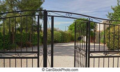 portail, house., guichet, appareil photo, property., privé, par, devant, vidéo, passage, fermé