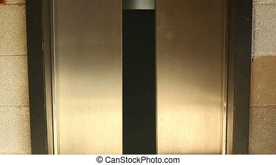 porte ouverture, fermer, ascenseur