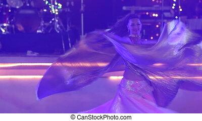 porter, théâtral, or, girl, danses, déguisement, blond, ailes