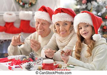 portrait, heureux, préparer, noël famille
