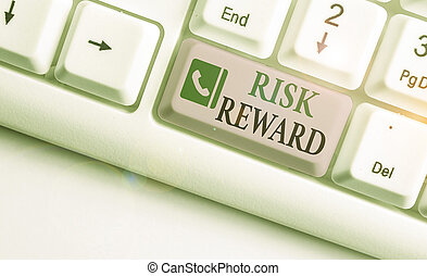 potentiel, commercer, risque, sien, évaluer, écriture, texte, relatif, mot, reward., profit, loss., concept, business
