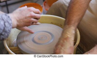 poterie, réclamation, travail, début