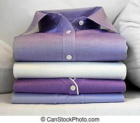 pourpre, chemise