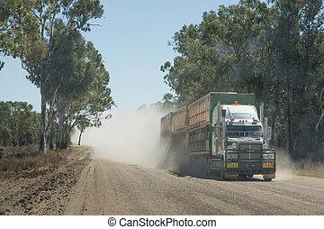 poussiéreux, camion, route, terre