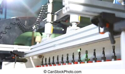 préparer, forets, trous, long, contre-plaqué, automatisé, rang