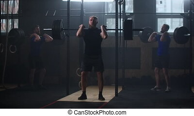 pratique, exercice, s'accroupit, haltérophilie, apprécier, levage, lifestyle., utilisation, formation, culturiste, fitness, trois, gymnase, barre disques, homme, puissance, sportif, lourd, musculaire, sain, poids