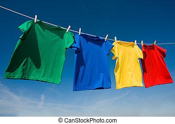 primaire, coloré, t-shirts, clothesline