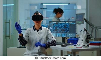 professionnel, réalité, utilisation, virtuel, portant lunettes, scientifique, monde médical, laboratoire, inovation