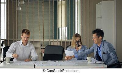 professionnels, bureau., accord, co-working, discuter