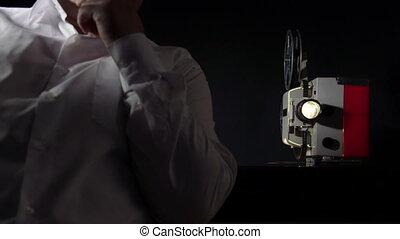 projecteur, film regardant, vendange, pellicule, homme
