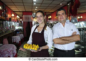 propriétaire, petit, café, serveuse, business: