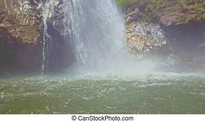 puissant, surface, chute eau, eclabousse, étang, marques
