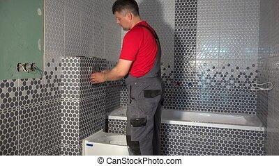 purger, installer, embraser, eau, homme, nouveau, bouton, salle bains, appartement, toilette