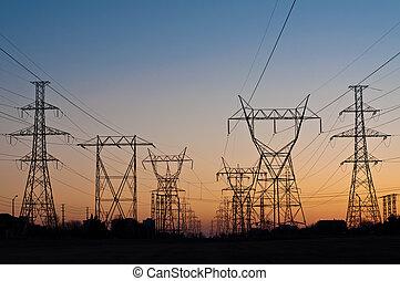 pylons), tours transmission, électrique, (electricity, coucher soleil
