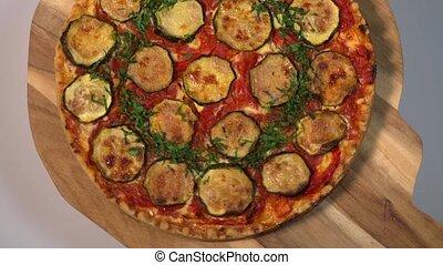 quiche, oignon, légumes, persil, poivre, courgette, recette, tomate, végétarien, provencal