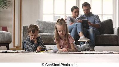 quoique, dessin, gosses, tablet., parents, numérique, utilisation, images, peu