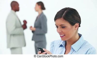 quoique, lecture, sourire, texte, femme affaires, message