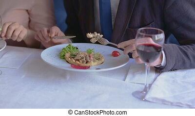 quoique, production, déjeuner affaires, deals., restaurant, descussing
