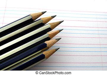 règles, crayons, pointu, manuscrit