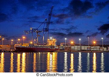 récipient bateau, nuit