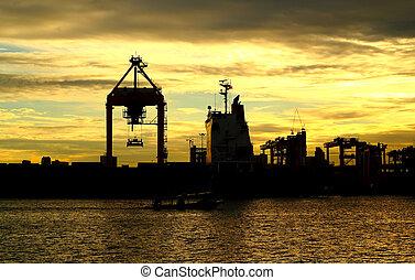 récipient cargaison, fonctionnement, logis, coucher soleil, bateau fret, grue