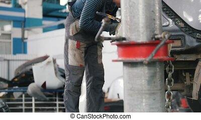 réparation, service., voiture, ouvrier, dos, voiture., gants, travaux