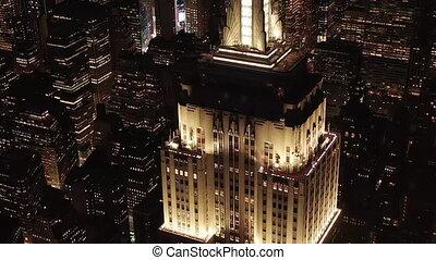 résidentiel, parallèle, nouveau, manhattan, jonctions, bâtiment, iconique, bureau, nuit, aerial:, york, sur, avenues, empire, haut, condominiums, cercle, au-dessus, état, midtown, lit, bâtiments, stupéfiant, ville