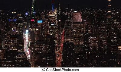 résidentiel, parallèle, nouveau, manhattan, jonctions, bâtiment, iconique, bureau, nuit, aerial:, york, avenues, large, empire, haut, condominiums, au-dessus, état, midtown, lit, vue, bâtiments, stupéfiant, ville