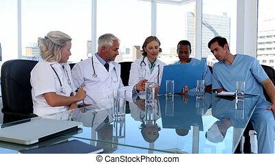 réunion, pendant, équipe, monde médical