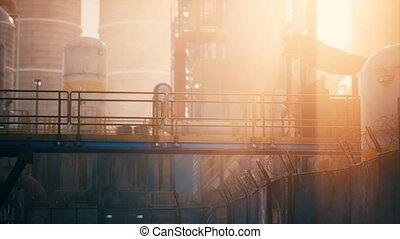 raffinerie gaz, huile, crépuscule