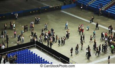 rangées, spectateurs, concert, partir, sièges, salle, vide