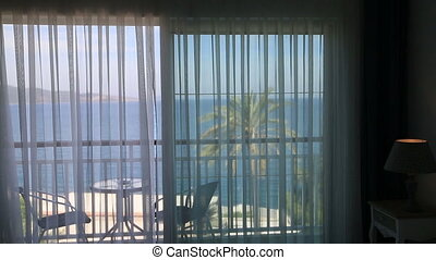 regarder, fenêtre, femme, par, mer