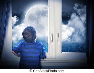 regarder, garçon, nuit, étoiles, lune