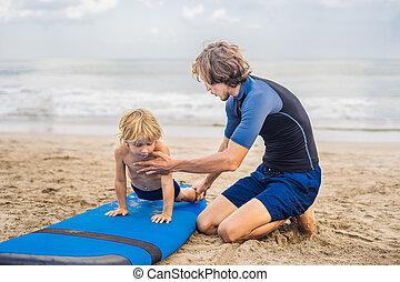 ressac, sien, vieux, concept., voyage, ou, père, vacances, surfer, fils, comment, holiday., gosses, 4, mer, année, enseignement, leçon, sports, enfants, instructeur
