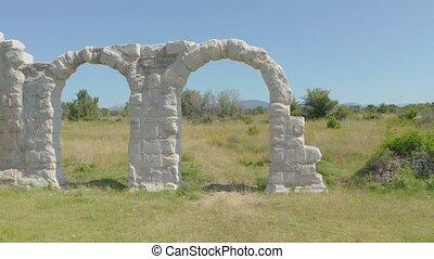 restes, romain, burnum, près, croatie, oklaj