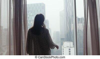 rideaux, négligé, triste, cheveux, fenêtre, architecture, 3840x2160, sale, pendant, girl, curban, regarde, ouvre, rain.