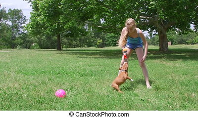 rigolote, chiot, elle, chien, enfant, herbe, jouer