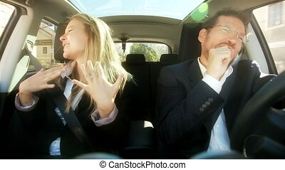 rigolote, couple, chant, voiture