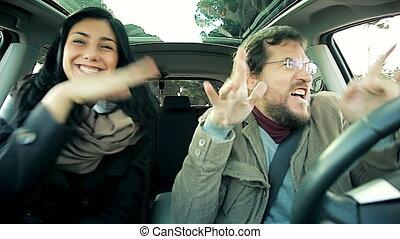 rigolote, couple, fou, voiture
