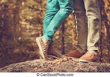 romantique, nature, extérieur, branché, style, style de vie, fond, mode, pieds, femme homme, amour, couple