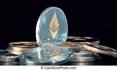 rotation, stand., ethereum, arrière-plan., monnaie, noir, crypto, argent