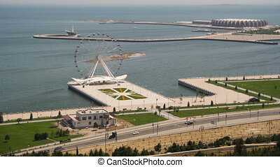 roue, baku, road., panoramique, voitures, défaillance, mer, tourne, azerbaijan., ferris, trafic, temps, vue