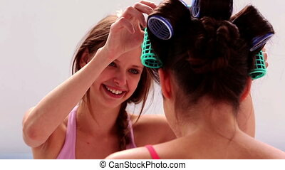 rouleau, amis, cheveux, elle, girl, fixation