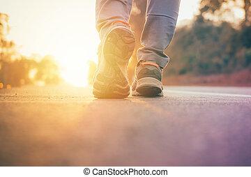 route, marche, lumière, jogging, wellness, séance entraînement, après, haut, flamme, chaussure, soleil, travail, homme