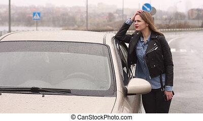 route, voiture., vide, frustré, girl, cassé, pluie, elle, portrait