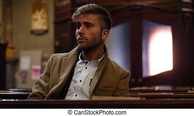 séance, jeune homme, église