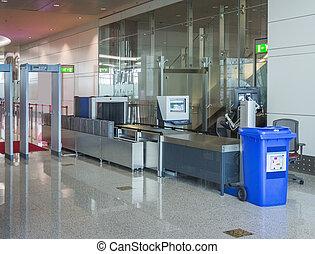 sécurité aéroport, point de contrôle