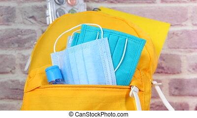 sac, école, mask., figure, étudiant, meute, sanitizer