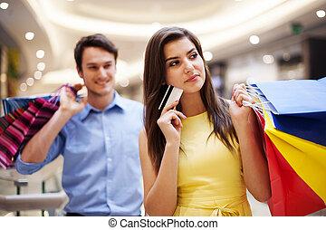 sacs, achats femme, foyer, jeune, crédit, tenue, carte